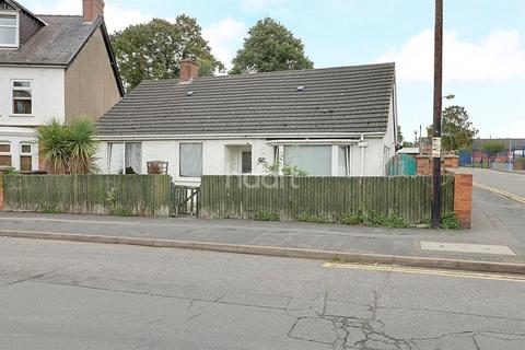 3 bedroom bungalow for sale - Huntingtower Road, Grantham