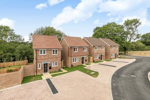 2 bedroom detached house for sale - Amlets Lane, Cranleigh, GU6