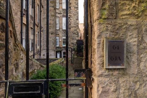 4 bedroom flat to rent - Cumberland Street, North West Lane, New Town, Edinburgh, EH3 6RF