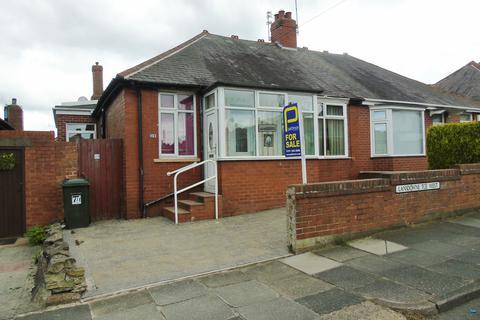 3 bedroom bungalow for sale - Lansdowne Terrace West, North Shields, Tyne & Wear, NE29 0RZ