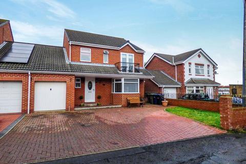 4 bedroom detached house for sale - Caledonia, Blaydon-on-Tyne, Tyne And Wear, NE21 6AX