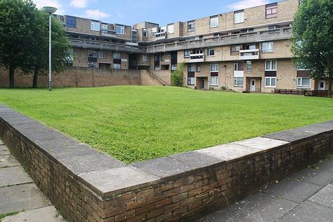 3 bedroom flat for sale - Wellington Walk, Sulgrave, Washington, Tyne & Wear, NE37 3EP