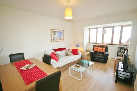 2 bedroom flat to rent - Abernethy Quay, Maritime Quarter, Swansea