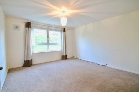 2 bedroom flat to rent - Colston Grove, Glasgow, G64 1BF