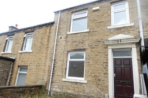 3 bedroom terraced house to rent - Hawthorne Terrace, Crosland Moor, Huddersfeld, HD4