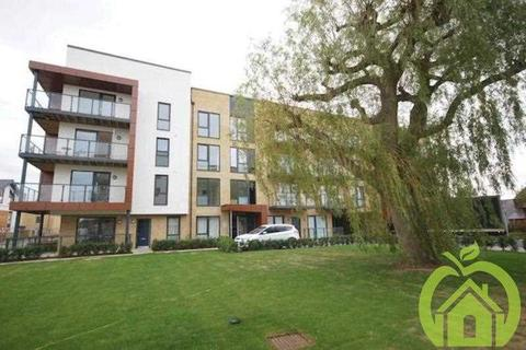 1 bedroom apartment to rent - Downey House, 13 Ashflower Drive, ROMFORD