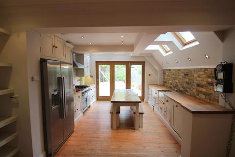 3 bedroom end of terrace house to rent - Mount View Cottages, Arkley