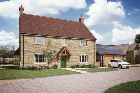 4 bedroom detached house for sale - Latton