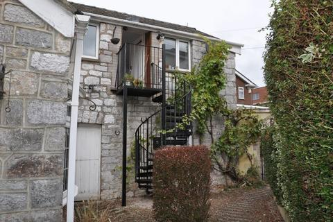 2 bedroom apartment to rent - CLOSE TO RIVER