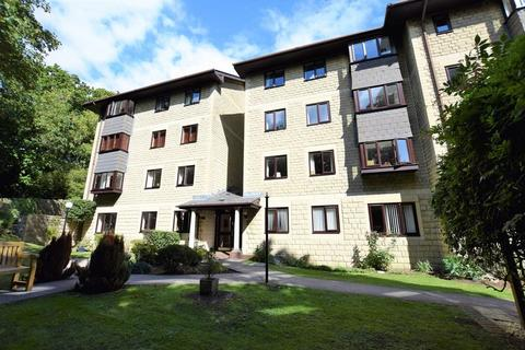 2 bedroom apartment for sale - Adjacent to Hill Road shops