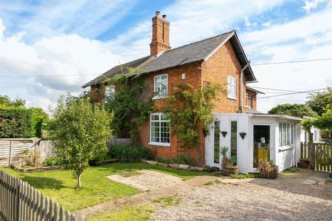 2 bedroom cottage for sale - Main Road, Langton-By-Wragby
