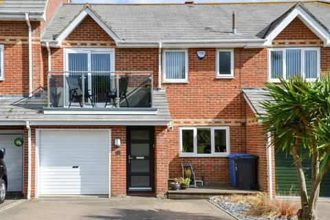 3 bedroom terraced house for sale - Lulworth Close, Hamworthy