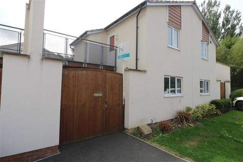 2 bedroom semi-detached house to rent - Watkin Road, Leicester