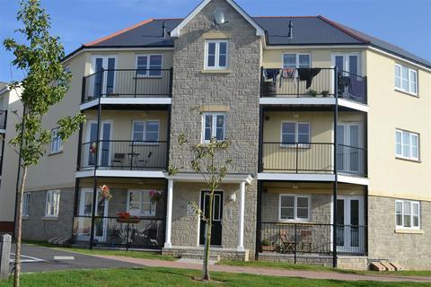2 bedroom flat to rent - Watkins Way