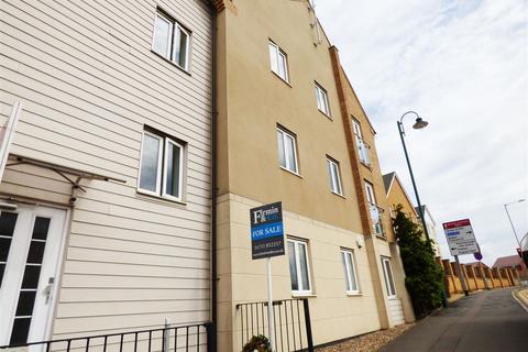 2 bedroom flat for sale - Clayburn Road, Hampton Centre, Peterborough