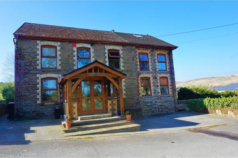 5 bedroom detached house for sale - Llwynhen Road, Cwmgors, Ammanford