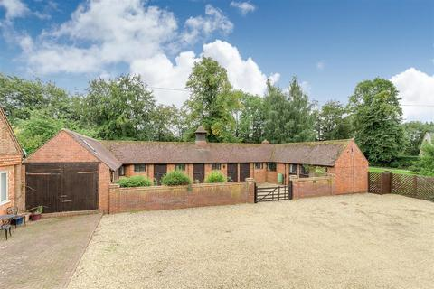 3 bedroom detached bungalow for sale - Manor Stables, Winwick, Northampton