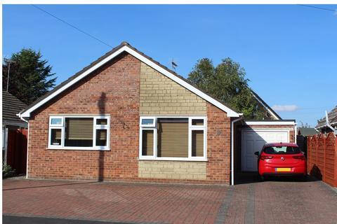 2 bedroom bungalow for sale - Poplar Crescent, Bourne, PE10