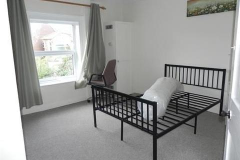 1 bedroom house share to rent - GUILDFORD PARK road