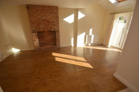 2 bedroom semi-detached house to rent - Turneys Street, The Embankment