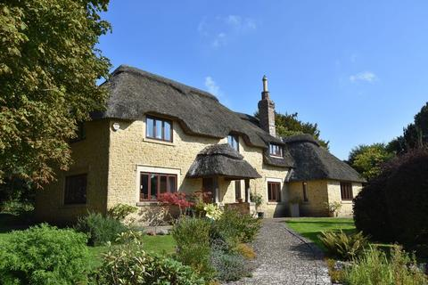 4 bedroom country house for sale - Chydyok Road, Dorchester