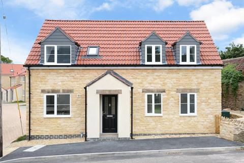 4 bedroom detached house for sale - High Street, Wanstrow