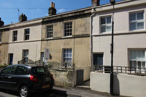 2 bedroom terraced house to rent - Oak Street, Bath