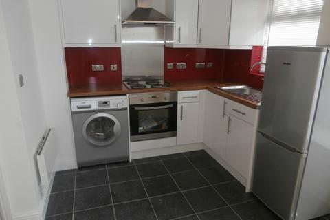 Studio to rent - Hurn Way, Longford, Coventry, CV6 6LF