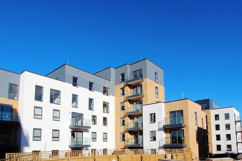 1 bedroom flat to rent - Montagu House, Kennet Island