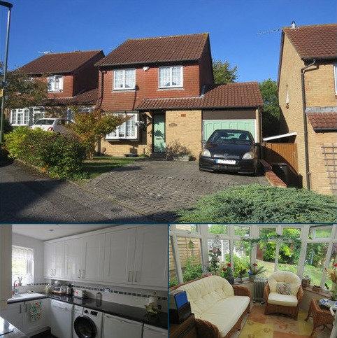 3 bedroom detached house for sale - St. Josephs Close, Orpington