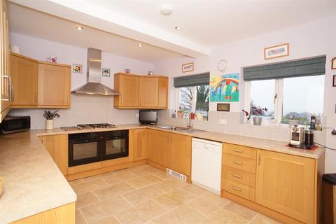 3 bedroom detached house for sale - Whitley Lane, Grenoside, Sheffield, S35 8RP