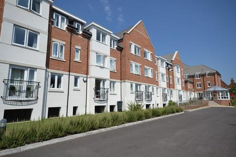 2 bedroom apartment for sale - Central Caversham