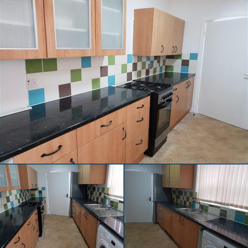 4 bedroom terraced house to rent - Hollywood Street, MANCHESTER M14