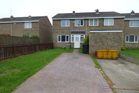 3 bedroom semi-detached house for sale - Haggerston Close, Newcastle upon Tyne, Tyne and Wear, NE5 4TH