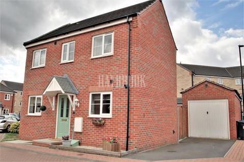 3 bedroom semi-detached house for sale - Ecclesfield Court, Ecclesfield