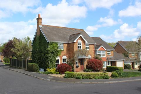 4 bedroom detached house for sale - Twin Oaks Close, Broadstone, Poole