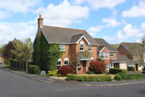 4 bedroom detached house for sale - Twin Oaks Close, Broadstone, Poole