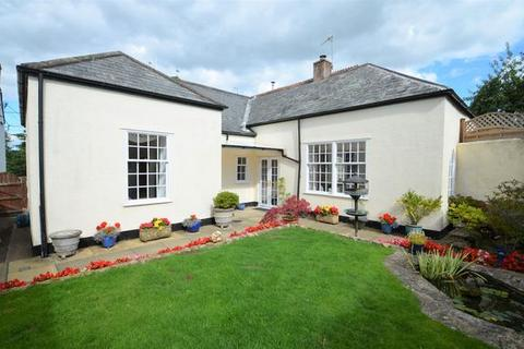 3 bedroom detached bungalow for sale - Culmstock - SOUGHT AFTER LOCATION