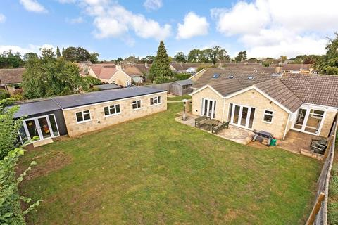 3 bedroom semi-detached house for sale - Jackson Road, Bledington, Chipping Norton, Oxfordshire, OX7