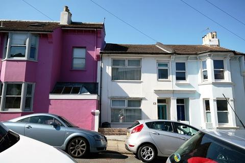3 bedroom terraced house to rent - Bentham Road, Brighton BN2