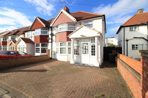 3 bedroom semi-detached house for sale - The Crossways, Heston TW5