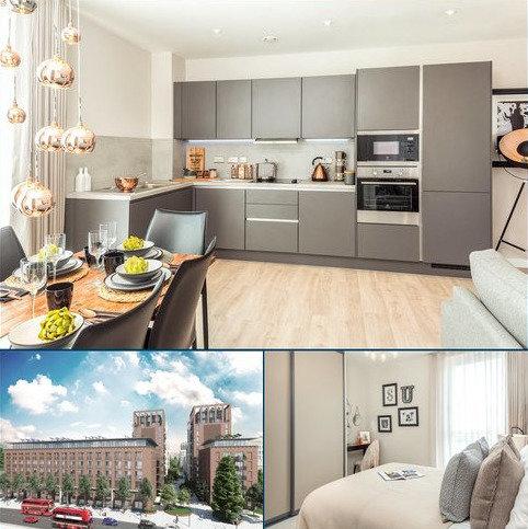 2 bedroom flat for sale - Upton Gardens, Green Street, London, E13