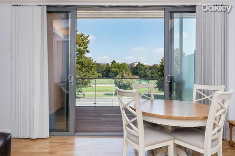 2 bedroom flat for sale - ParQ, Preston Road, Preston Park