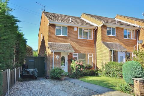 3 bedroom end of terrace house for sale - Sandpiper Close, Creekmoor, POOLE, Dorset