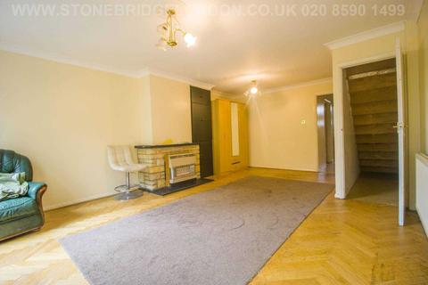 3 bedroom terraced house for sale - Bradford Road, Ilford, IG1