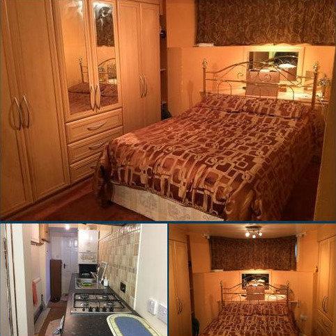 Studio to rent - Kyverdale Road, Stoke Newington, Hackney, London N16
