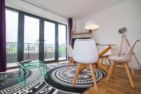 1 bedroom apartment for sale - Q House, Kew Bridge Road TW8