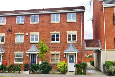 3 bedroom end of terrace house for sale - Coningham Avenue, Rawcliffe, York