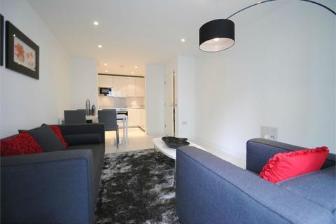 1 bedroom flat to rent - Waterhouse Apartments,, 3 Saffron Central Square, Croydon, Surrey