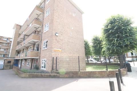 3 bedroom flat for sale - St Johns Court, Queens Drive, London, Greater London. N4 2HL